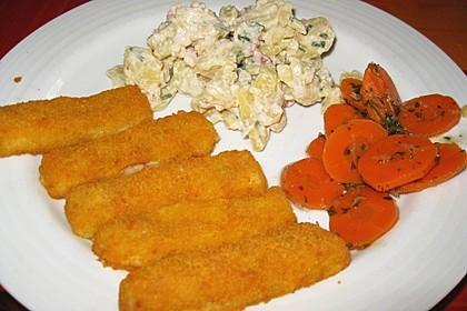 Leichter Kartoffelsalat mit Fischstäbchen