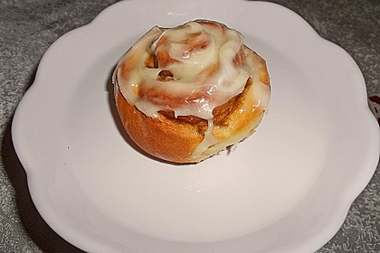 Cinnamon Rolls with Cream Cheese Frosting 63