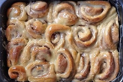 Cinnamon Rolls with Cream Cheese Frosting 224