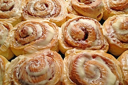 Cinnamon Rolls with Cream Cheese Frosting 33