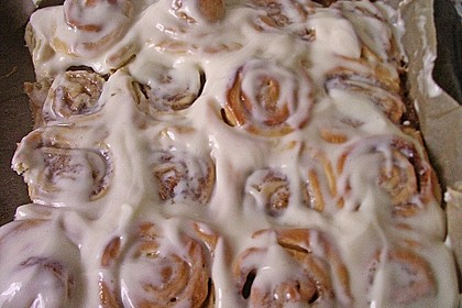 Cinnamon Rolls with Cream Cheese Frosting 136