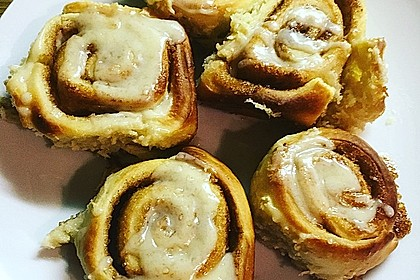 Cinnamon Rolls with Cream Cheese Frosting 230