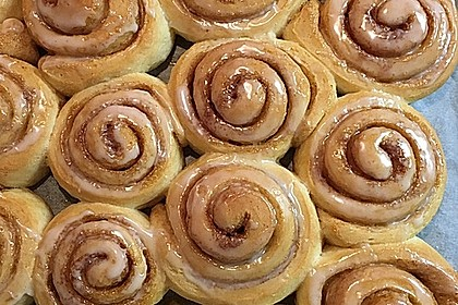 Cinnamon Rolls with Cream Cheese Frosting 39