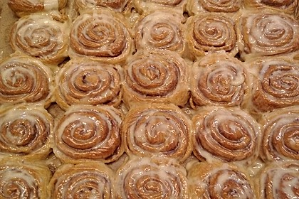 Cinnamon Rolls with Cream Cheese Frosting 71