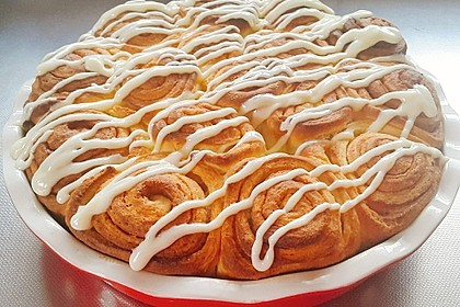 Cinnamon Rolls with Cream Cheese Frosting 54