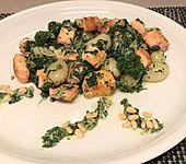 Gnocchi mit Spinat und Lachs (Bild)