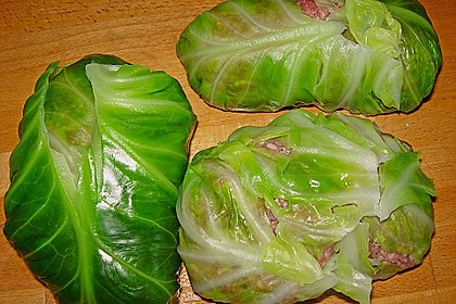 Spitzkohl-Rouladen in Tomatensauce 12