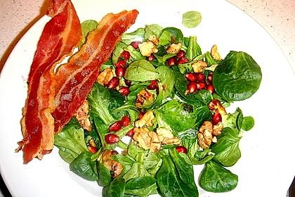 Weihnachtlicher Feldsalat mit Granatapfelkernen 16