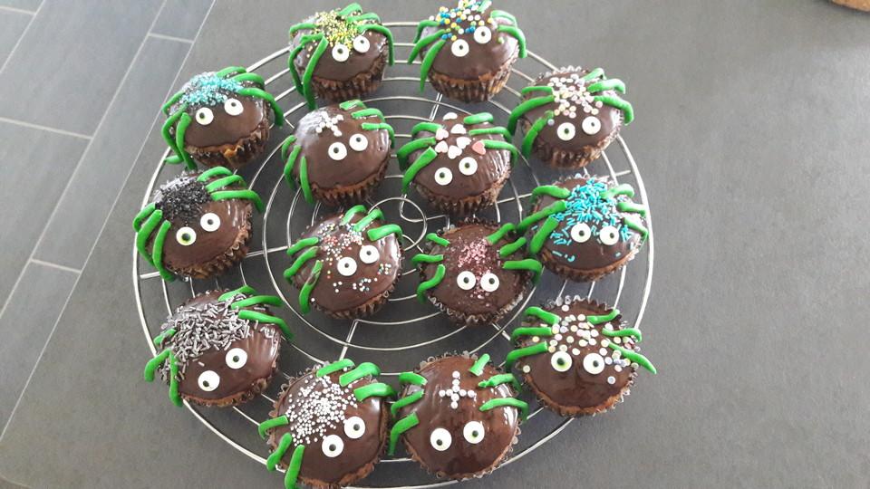 Spinnenmuffins Fur Halloween Von Kattyb87 Chefkoch De