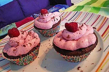 Schoko-küsst-Himbeer Cupcakes 108
