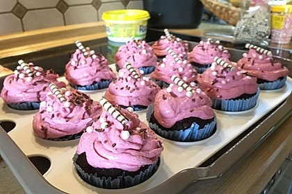 Schoko-küsst-Himbeer Cupcakes 41
