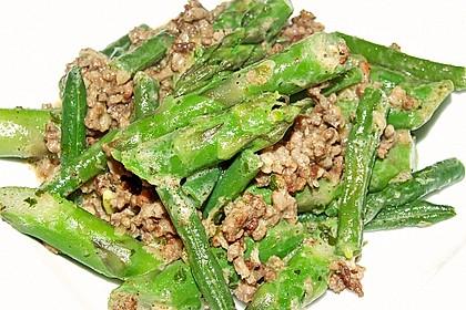 Spargel-Hack-Pfanne mit grünen Bohnen und Pellkartoffeln 2
