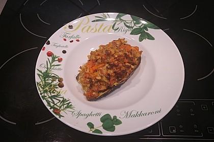 Gefüllte Auberginen mit Pastinaken, Karotten und Hirse