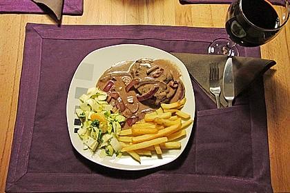 Rindersteaks mit Rotwein-Zwiebel Sahnesauce 1