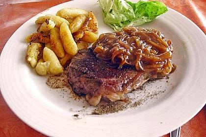 Rindersteaks mit Rotwein-Zwiebel Sahnesauce 2