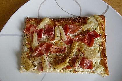 Spargelflammkuchen mit Serranoschinken 23