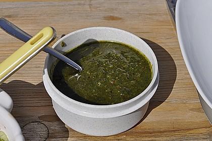 Basilikum-Pesto 24