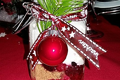 Weihnachtliches Beeren-Schichtdessert 2