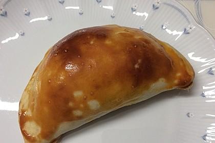 Tomaten-Mozzarella Teigtaschen (Bild)