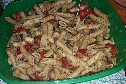 Sommer-Nudelsalat italienischer Art 26