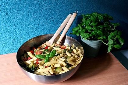 Sommer-Nudelsalat italienischer Art 10