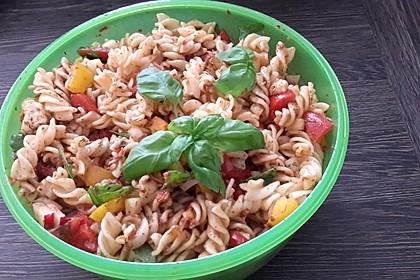 Sommer-Nudelsalat italienischer Art 13
