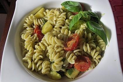 Sommer-Nudelsalat italienischer Art 14