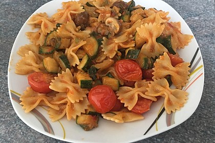 Sommer-Nudelsalat italienischer Art 9