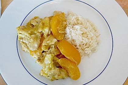 Zwiebel - Sahne Hähnchen mit Pfirsichen (Bild)