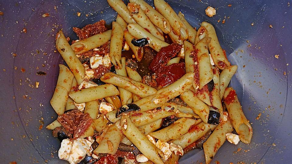Nudelsalat Mit Getrockneten Tomaten Und Oliven Von Nell1 Chefkoch
