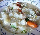 Gräupchensuppe mit Kohlrabi (Bild)