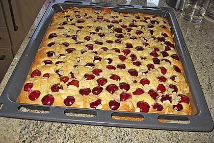 Kirsch-Blechkuchen (Bild)