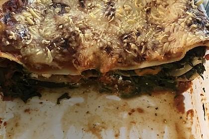 Vegetarische Spinat-Gemüse-Lasagne mit Tomatensoße 32