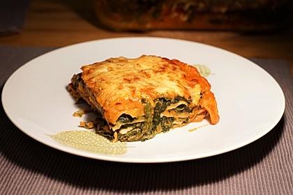Vegetarische Spinat-Gemüse-Lasagne mit Tomatensoße 1