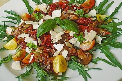 Gabis italienischer Champignonsalat mit getrockneten Tomaten 1