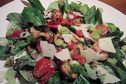 Gabis italienischer Champignonsalat mit getrockneten Tomaten