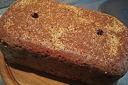 Hanf-Saaten Brot 3