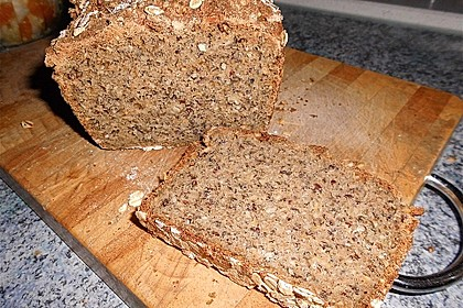 Hanf-Saaten Brot 2