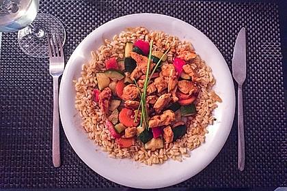 Gemüse-Hähnchen-Pfanne mit Ebly
