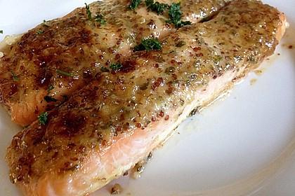 Gebackener Lachs mit Senf-Dill-Guss 6