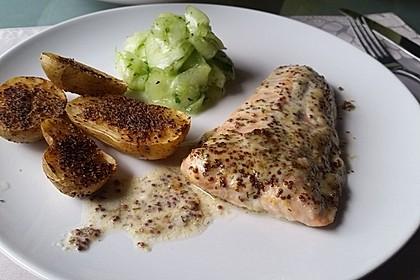 Gebackener Lachs mit Senf-Dill-Guss 17