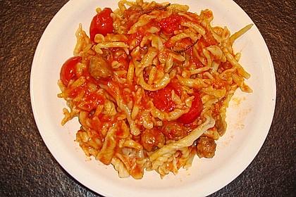 Orecchiette mit Salsiccia in pikanter Tomaten-Fenchelsoße 2