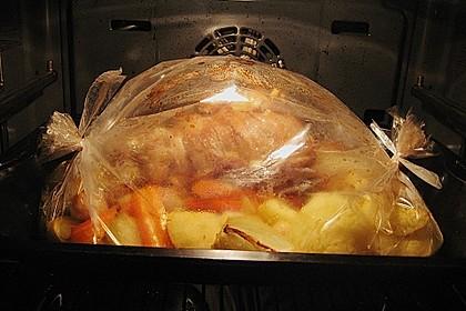 Gefüllter Kalbsbraten mit Schmorgemüse
