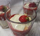 Erfrischendes Erdbeertiramisu (Bild)
