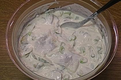 Heringsstipp mit Joghurt und saurer Sahne 1