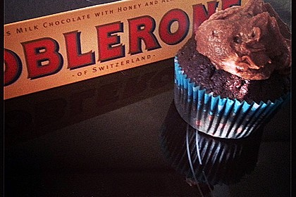 Toblerone-Creme-Cupcakes by Salt
