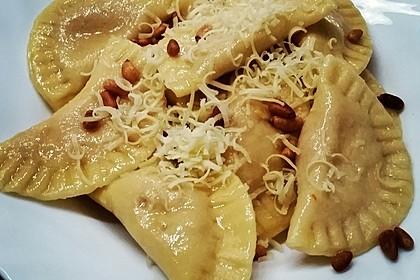 Ravioli, gefüllt mit Ricotta und Ziegenfrischkäse 7