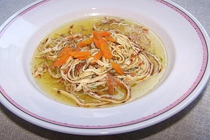 Kräuter-Flädle Suppe 8
