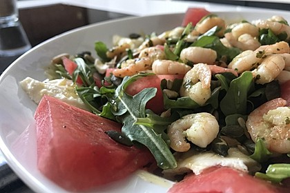 Erfrischender Sommersalat mit Wassermelone und Rucola 14
