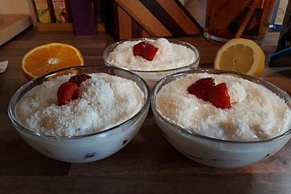 Erdbeer-Kokos-Dessert 31
